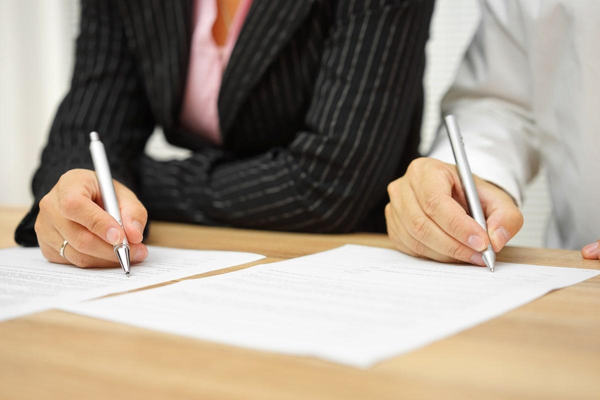 Assistenza Contrattuale e Documenti